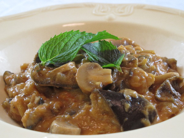... spicy peanut sauce steamed eggplant and mushrooms with peanut sauce
