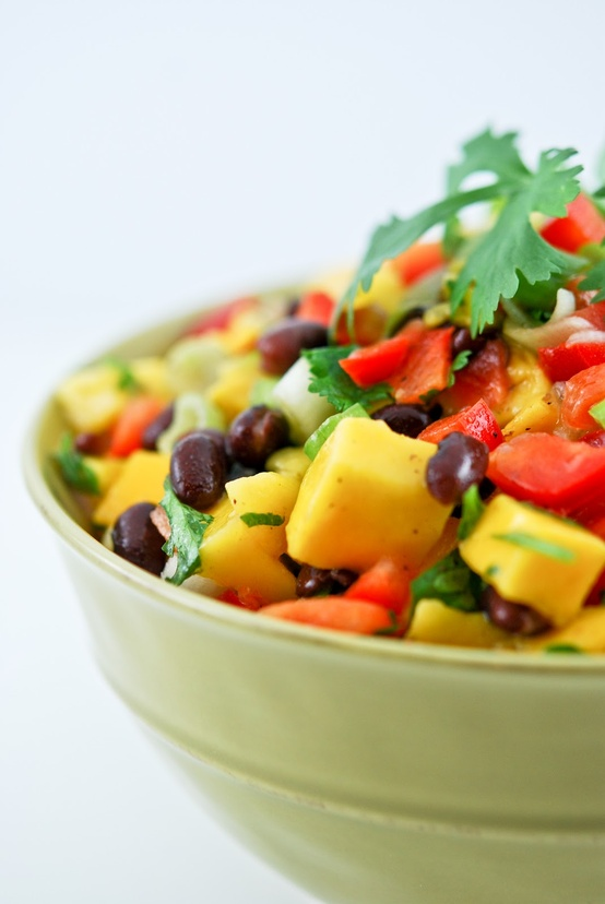 blackbeansaladwithmangoandbellpepper